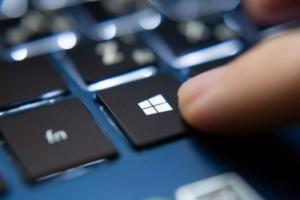 Microsoft renunta la Windows 10 in 2025